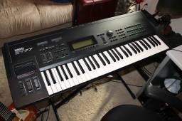 Yamaha sy77 bem conservado