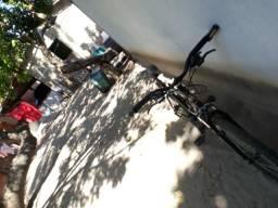 Bike muito show para pedaladas seme-profissional prota para pedalar