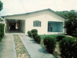 Aluga-se está Casa c/ Piscina no Paraviana R$ 2.800,00