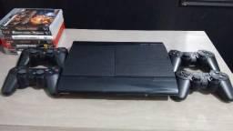 Playstation 3 HDD 250gb Slim c/ 4 controles