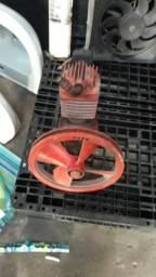 Vedo cabesote do compresor e um motor 4 tenpo