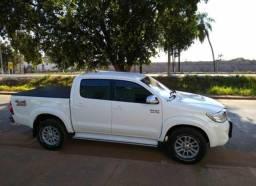 Toyota Hilux SRV diesel 4x4 - 2014 (AUT) - 2014