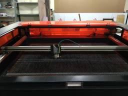 Máquina corte a laser co2