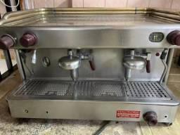 Máquina de fazer café expresso