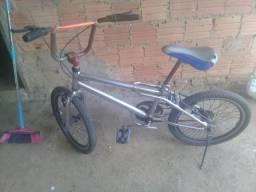 Troco bicicleta aro 20 por outra