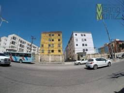 Apartamento com 2 dormitórios para alugar, 51 m² por R$ 480,00/mês - Messejana - Fortaleza