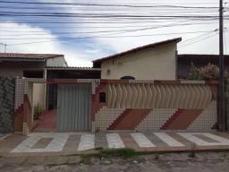 Casa para aluguel, 3 quartos, 2 vagas, Passaré - Fortaleza/CE