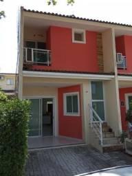 Casa em condomínio, 2 quartos, a poucos metros do CRAS Messejana.