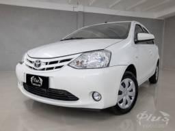 Toyota Etios 1.5 XS 4P