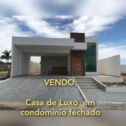Imóvel de Luxo em Cond Fechado