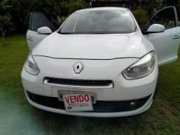 Carro Renault - 2012