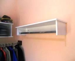 Mòveis para loja de roupas