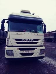 Caminhão Iveco Stralis 440