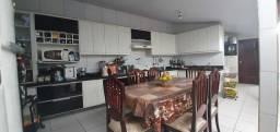 Casa em condomínio com 03 quartos (TR49330) MKT