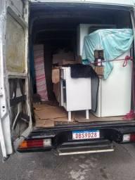 Sofás, geladeiras, camas, guarda roupa (faço fretes)