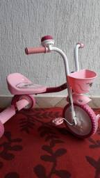Triciclo em ótimo estado 60 reais