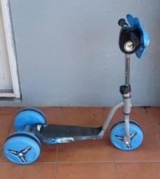 Patinete Hot Wheels