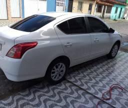 Vendo - Nissan Versa Sv 1.6 16v Flexstart 4p Mec / 2018 - Seminovo