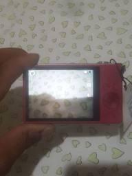 Vendo esta câmera seminova da Samsung LCD Frontal para Auto-retrato *