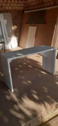 Mesa para estudo ou para escritorio..