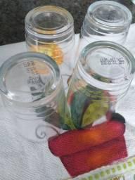 Copos de requeijão de vidro