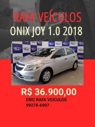 Onix 1.0 Joy 2018 com mil de entrada - Rafa Veiculos - Eric -wzy9