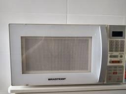Vendo microondas usado  Brastemp 30 litros