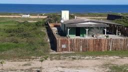 Cabana a beira-mar, praia do Ervino