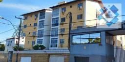 Apartamento com 3 dormitórios à venda, 86 m² por R$ 260.000 - Benfica - Fortaleza/CE