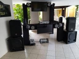 SOM ILUMINAÇÃO E DJ