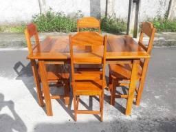 Mesa de 4 Cadeiras Novas ( Fazemos Entrega)