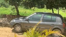 Título do anúncio: Renault Clio ano 2000 todo em dia