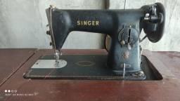 Vendo ou troco máquina costura antiga canadense