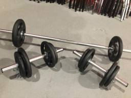 Kit Barras Cromadas e Anilhas 30kg na Promoção 10x Sem Juros