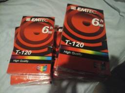 Vendo 10 fitas de vídeo VHS virgens na embalagem.