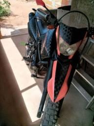 Vendo moto Lander ano 2009