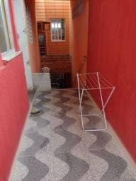 Alugo apartamento c/ 2 quartos