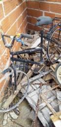 Vendo bicicleta  velha