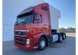 Caminhão volvo Fh460 6X2 2014 Globetrotter I-Shift Trucado Revis  JC