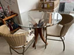 Conjunto de Mesa 1m de vidro e 3 cadeiras de vime R$ 1.200