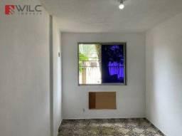 Apartamento com 2 dormitórios para alugar, 50 m² por R$ 850,00/mês - Turiaçu - Rio de Jane