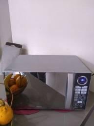 Microondas Philco 30 litros, Cinza Metálico Espelhado