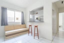 Título do anúncio: Apartamento 32 A, mobiliado c/01 quarto e sala + internet, próximo a praia