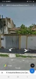 Casa para venda possui 300 metros quadrados com 5 quartos em Jatiúca - Maceió - AL