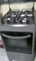 Técnico em conserto de fogão *