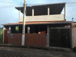 Vende-se casa em Dom Silvério. MG