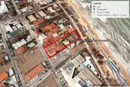 Beira Mar Terreno de 2.400 M2 + 2 Casas