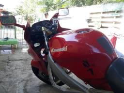 Kawasaki ninja xz6 600$ 2.500 - 1995