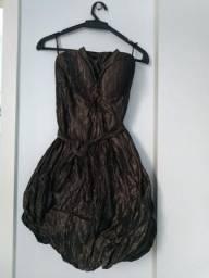 Vestido sholder metalizado de vesta. perfeito estado. 100,00