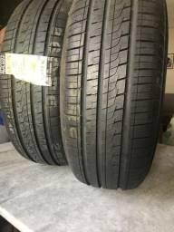 2 pneus originais R$650